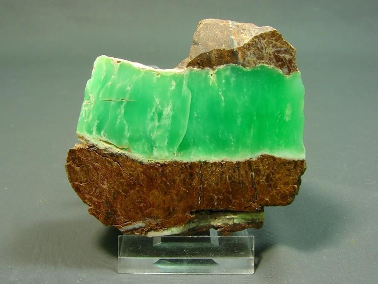 Драгоценные камни хризопраз фото