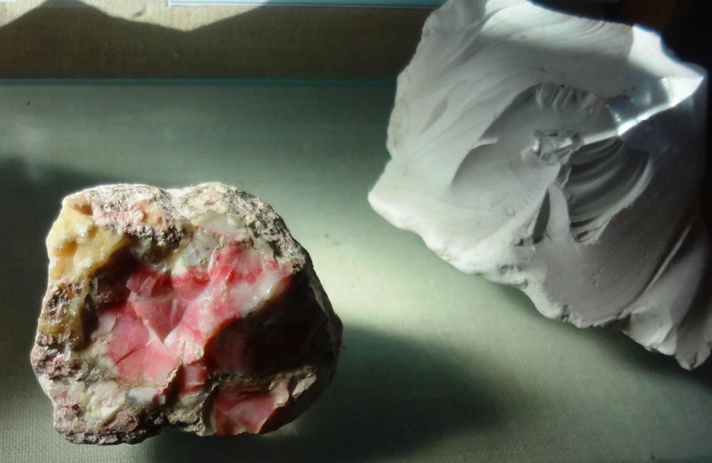 опал фото минерала